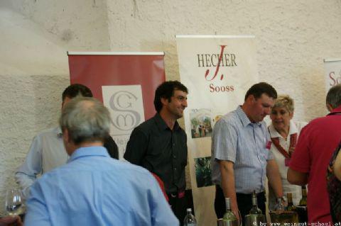 Wein-in-der-Burg-003
