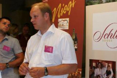 Wein-in-der-Burg-017